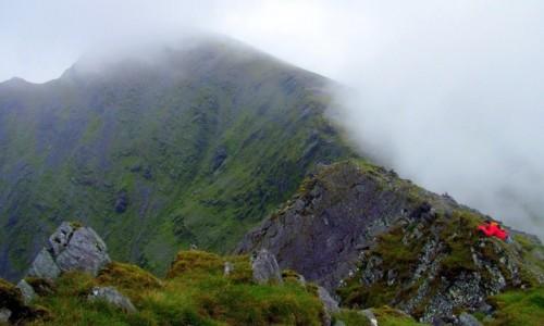 Zdjecie IRLANDIA / Kerry / Macgillycuddy's Reeks / W drodze na Car