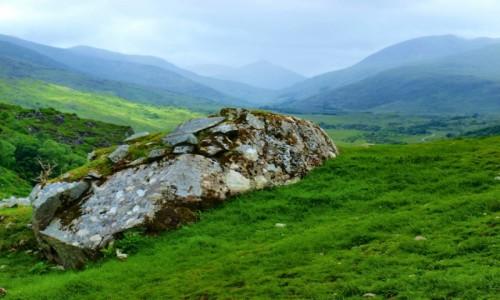 Zdjecie IRLANDIA / Hrabstwo Kerry / - / w górach Hrabstwa Kerry