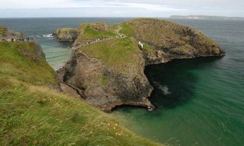 Zdjęcie IRLANDIA / Polnocna Irlandia / Carrick-A-Rede Rope Bridge / Wyspa z wiszacym mostem