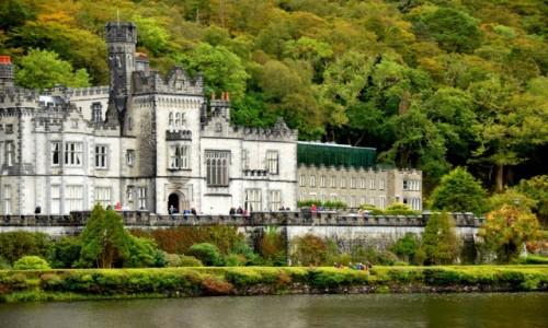 IRLANDIA / hrabstwo Galway, zachód Irlandii / Connemara / Opactwo Kylemore w Connemara