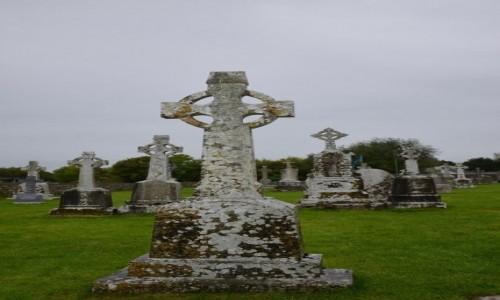 Zdjecie IRLANDIA / hrabstwo Offaly / Clonmacnoise / Krzyże celtyckie