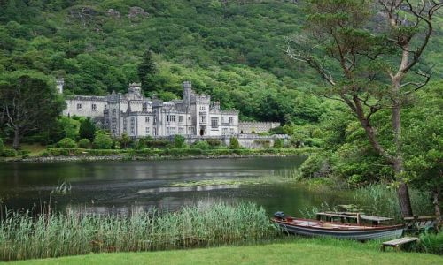 Zdjęcie IRLANDIA / Co. Galway / Connemara / Kylemor Abbey