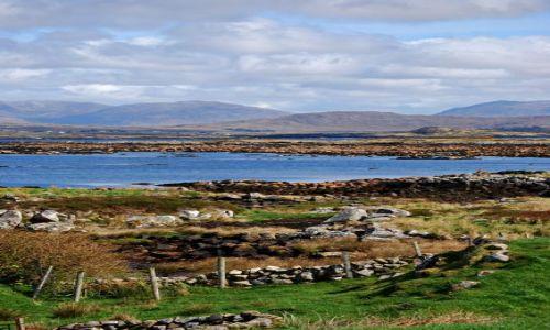 Zdjecie IRLANDIA / co Galoway / Park Narodowy Connemara  / Górzysty poszarpany krajobraz