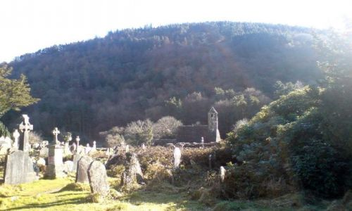Zdjecie IRLANDIA / Góry Wicklow / Cmentarz w Glendalough / Kapliczka