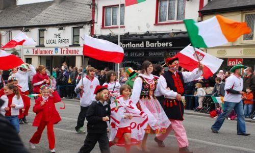 IRLANDIA / tullamore / tullamore / parada w tullamore sw.Patryka