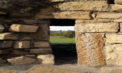 Zdjecie IRLANDIA / - / Trim / Przez okno...