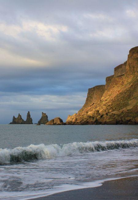 Zdjęcia: Vik, południe, Reynisdrangur, ISLANDIA
