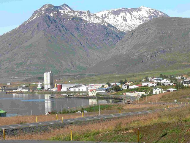 Zdjęcia: reydarfjordur, wschodnia islandia, miasteczko reydarfjordur, ISLANDIA