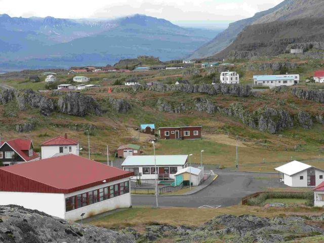 Zdjęcia: reydarfjordur, wschodnia islandia, domki, ISLANDIA
