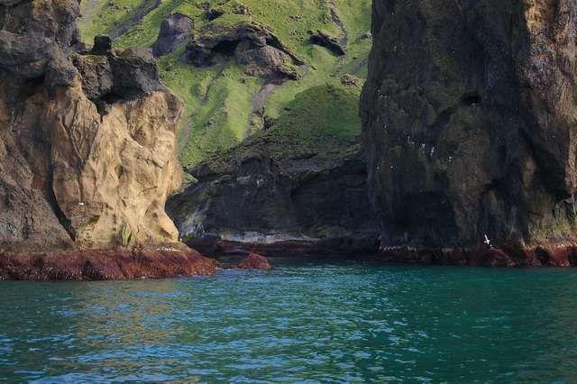 Zdjęcia: Wyspa Heimaey, Wyspy Westmanów, Koloryt wybrzeża, ISLANDIA