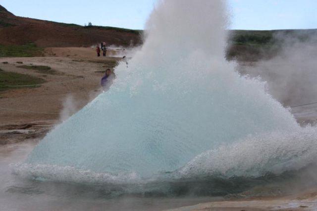 Zdjęcia: gejzer Strokkur, bańka wodna, ISLANDIA