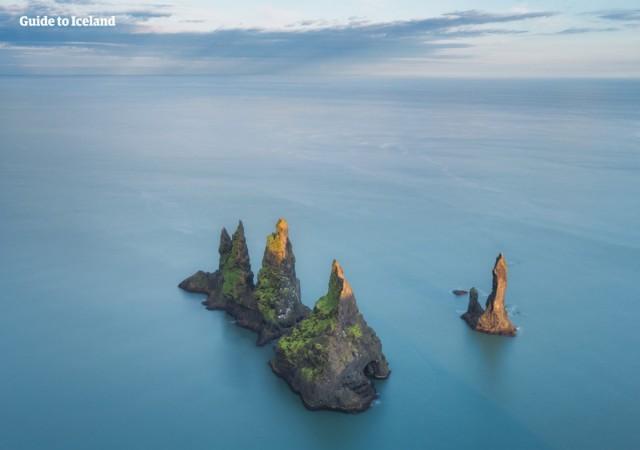 Zdjęcia: Skały Reynisdrangar, Południowa Islandia, Skały Reynisdrangar, ISLANDIA