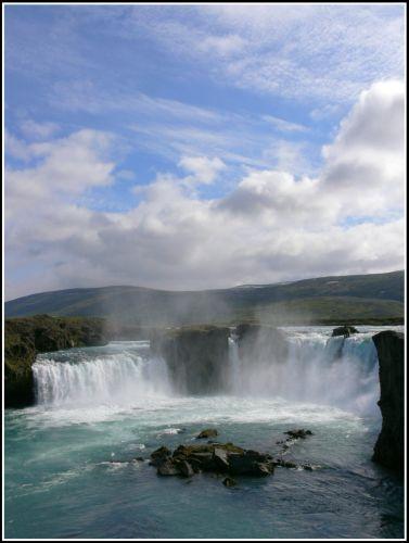 Zdjęcia: Islandia polnocna, Islandia polnocna, Wodospad Godafoss, ISLANDIA