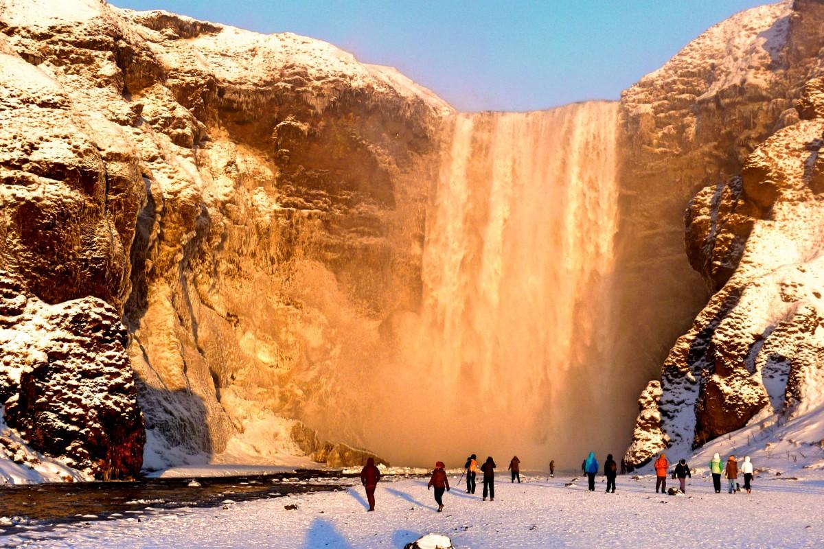 Zdjęcia: Skogafoss, South Coast, Złoty wodospad, ISLANDIA