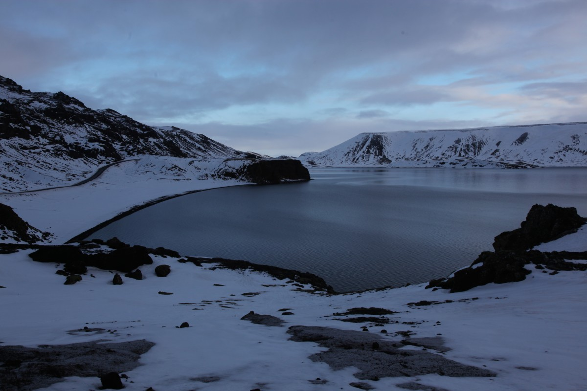 Zdjęcia: Jezioro Kleifarvatn, Reykjavik, Przyprószone śniegiem, ISLANDIA