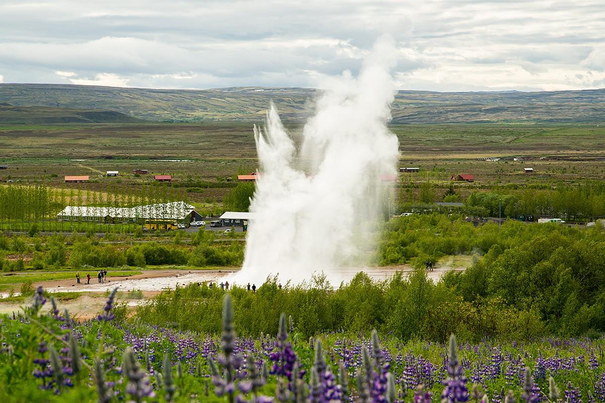 Zdjęcia: Pole termalne Geysir, Okolice Reykjaviku, Gejzer Strokkur, ISLANDIA