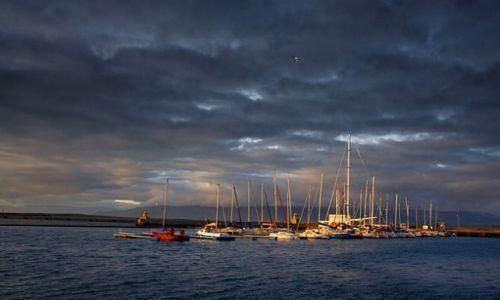 ISLANDIA / - / Reykjavik / Port jachtowy.