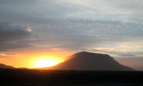 ISLANDIA / polnocny wschod / interior / burza piaskowa