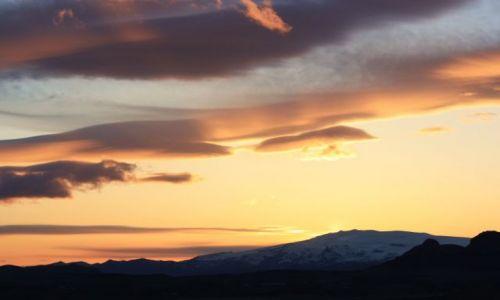 Zdjecie ISLANDIA / południe / okolice Vik / Eyjafjallajökull sunset