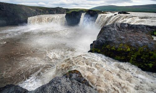 Zdjecie ISLANDIA / Północna Islandia / Wodospad Godafoss / Wodospad Godafoss