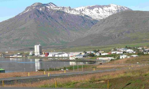 Zdjecie ISLANDIA / wschodnia islandia / reydarfjordur / miasteczko reydarfjordur