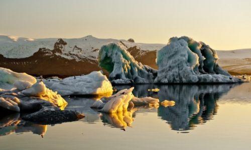 Zdjecie ISLANDIA / - / Islandia / Zachód Słońca nad Zatoką Lodu
