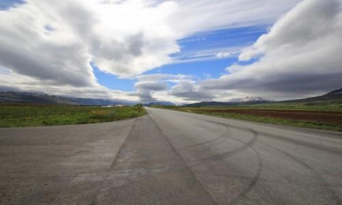 Zdjecie ISLANDIA / Akureyri / Gdzie� w drodze z Akureyri / Lost Highway
