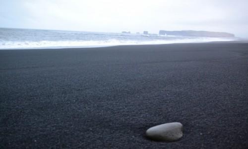 Zdjęcie ISLANDIA / - / Black Sand Beach, Vík. / Islandia -Grudzien 2016