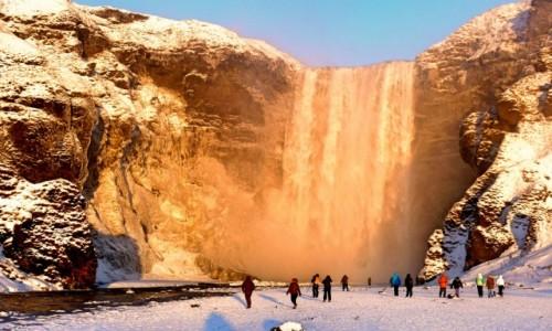 Zdjecie ISLANDIA / South Coast / Skogafoss / Złoty wodospad