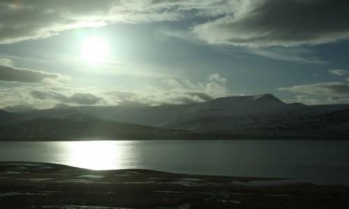 Zdjęcie ISLANDIA / Reykjavik / Husafell  / O wschodzie