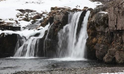 Zdjęcie ISLANDIA / Półwysep Snæfellsnes / Grundarfjordur / Kirkjufellsfoss, wodospad