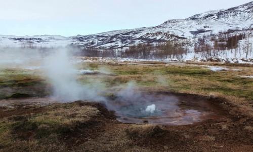 Zdjęcie ISLANDIA /  Geysir / Strokkur  / Pole geotermalne