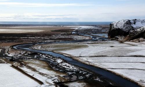 ISLANDIA / Południowe wybrzeże / Wodospad Skogafoss / Wstążka rzeki Skoga