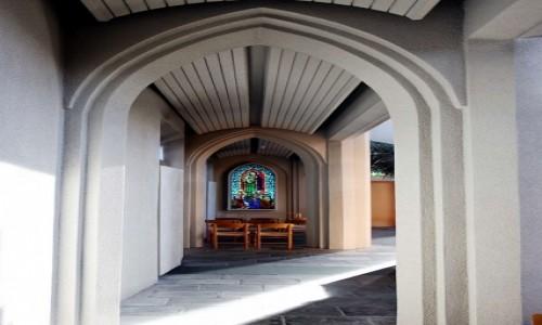ISLANDIA / Reykjavik / Katedra luterańska Hallgrimskirkja  / Witraż