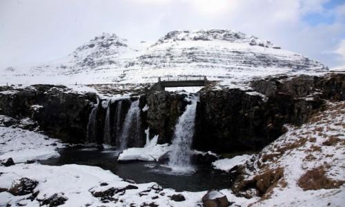 ISLANDIA / Półwysep Snæfellsnes / Grundarfjordur / Wodospad Kirkjufellsfoss