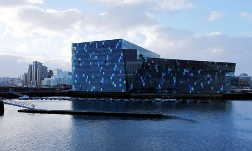 ISLANDIA / Reykjavik / Stary Port / Filharmonia, Harpa