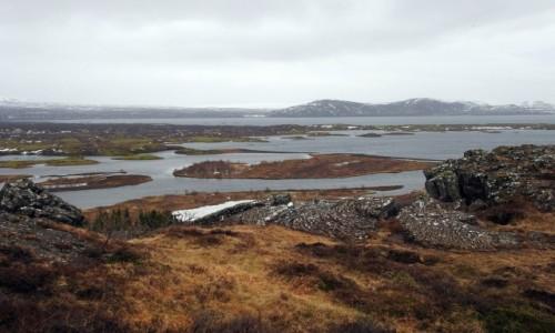 ISLANDIA / Park Narodowy Þingvellir /  Þingvellir / Jezioro Þingvallavatn
