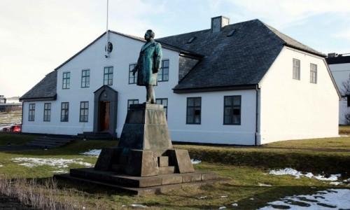 Zdjecie ISLANDIA / Reykjavik / Dzielnica Austurvöllur / Stjórnarráðið - biuro premiera