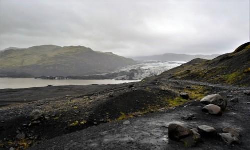 Zdjęcie ISLANDIA / południe kraju / lodowiec w deszczu  / Myrdals Jokull na pochmurno
