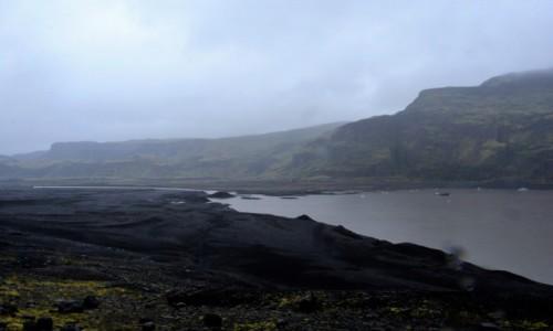 Zdjęcie ISLANDIA / południe kraju / lodowiec Myrdals -Jokull / Myrdals Jokul na pochmurno