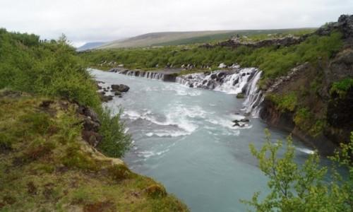 Zdjecie ISLANDIA / Środkowa Islandia / Hraunfossar / Przez pola lawowe