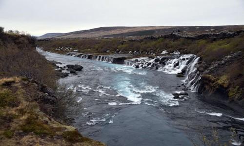 ISLANDIA / Islandia Zachodnia / Hraunfossar / Wodospad Hraunfossar