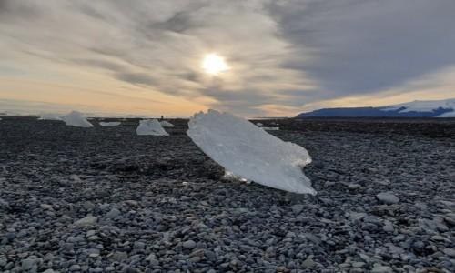 ISLANDIA / Jokulsarlon / Diamond beach / Diamentowa plaża