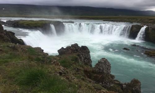 Zdjecie ISLANDIA / Akureyra / Godafoss / Wodospad kapłanów