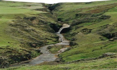 Zdjecie ISLANDIA / brak / okolice Horgsland / rozpadlinka