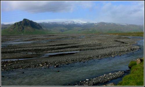Zdjęcie ISLANDIA / Islandia poludiowa / Miedzy Skogar a Vik / Rzeka polodowcowa