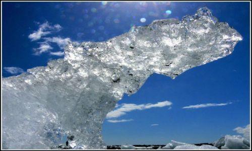 Zdjęcie ISLANDIA / Islandia poludiowa / Laguna lodowcowa Jokulsarlon / Lodowy monument