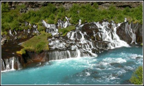 Zdjecie ISLANDIA / Islandia zachodnia / W okolicach lodowca Langjokull / Wodospad Hraunfossar