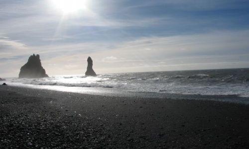 Zdjecie ISLANDIA / brak / Vik - poludniowa Islandia / Czarne pla�e