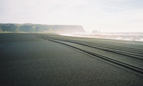 Zdjecie ISLANDIA / Południowa Islandia / Islandia / Dzikie plaże - Vik